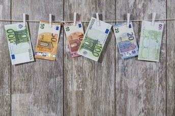 money-2991837_960_720